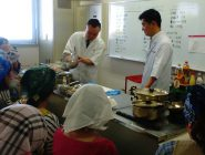吹田市栄養教諭・学校栄養職員向け調理実演会の開催